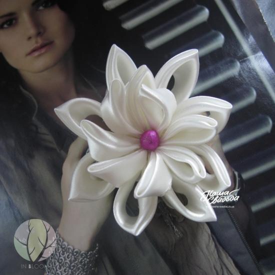 Цветы из ткани 16