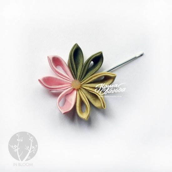 Цветы из ткани 13