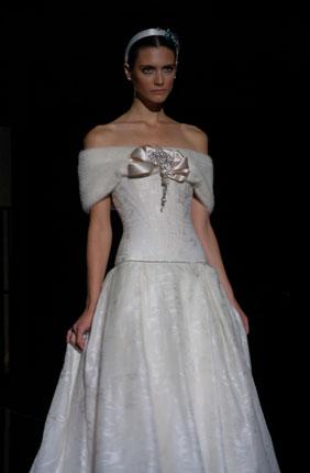Свадебное платье Pepe Botella 84